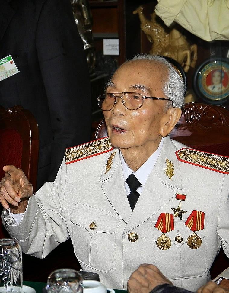 Old Vo Nguyen Giap (2008)