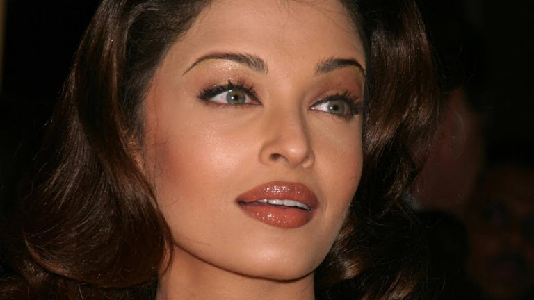 Aishwarya Rai HD Wallpaper 8