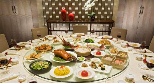 The Lazy Susan Origins Of Chinese Banquet S Rotating Table