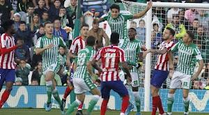 اتليتكو مدريد يعود بانتصار ثمين على ريال بيتيس بهدفين لهدف في الدوري الاسباني