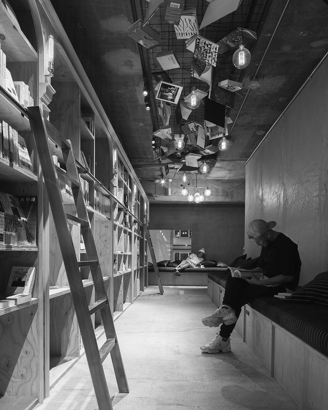 Eventually, there will be over 3000 books - Bookstore-Themed Tokyo Hotel Has 1,700 Books And Sleeping Shelves Next To Them