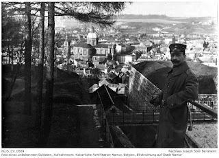 Festung Namur mit Blick auf die Stadt Namur, unbekannter Soldat, vermutlich Kamerad von Joseph Stoll; Nachlass Joseph Stoll Bensheim, Stoll-Berberich 2016