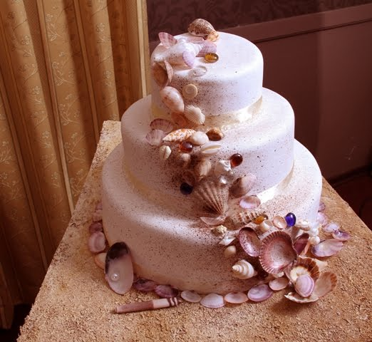 carrie underwood cupcake wedding cake emanuela s look for carrie underwood and 12409