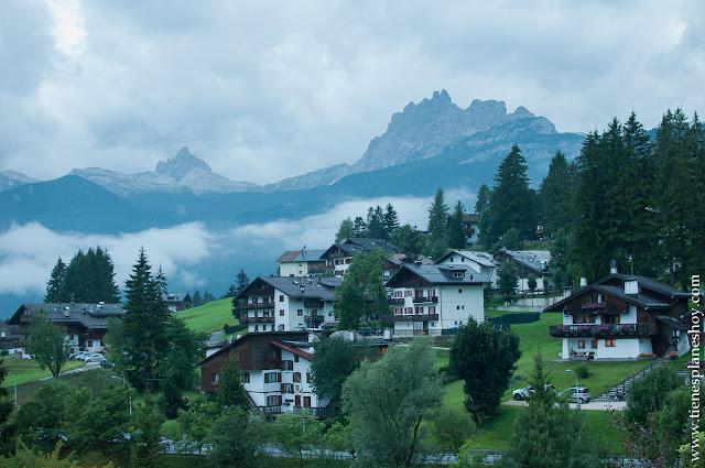 Cortina d'Ampezzo visitar Dolomitas Italia roadtrip