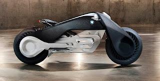 """Com formas suaves e futuristas, o protótipo lembra os veículos utilizados no filme """"Tron: Uma Odisseia Eletrônica (1982)"""" e promete revolucionar a história do motociclismo."""