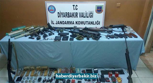 DİYARBAKIR-Diyarbakır'ın 6 ilçesindeki 104 köy ve mezralarında PKK'ye yönelik devam eden operasyonda mühimmat ile uyuşturucu ele geçirildi.