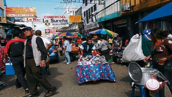 Informe revela que solo el 50 % de los hondureños tiene empleo