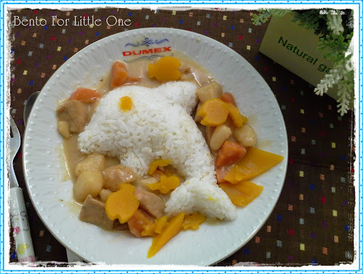 Bento for Little One: Lunch with Dolphin and Fish