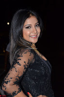 Sakshi Agarwal looks stunning in all black gown at 64th Jio Filmfare Awards South ~  Exclusive 067.JPG