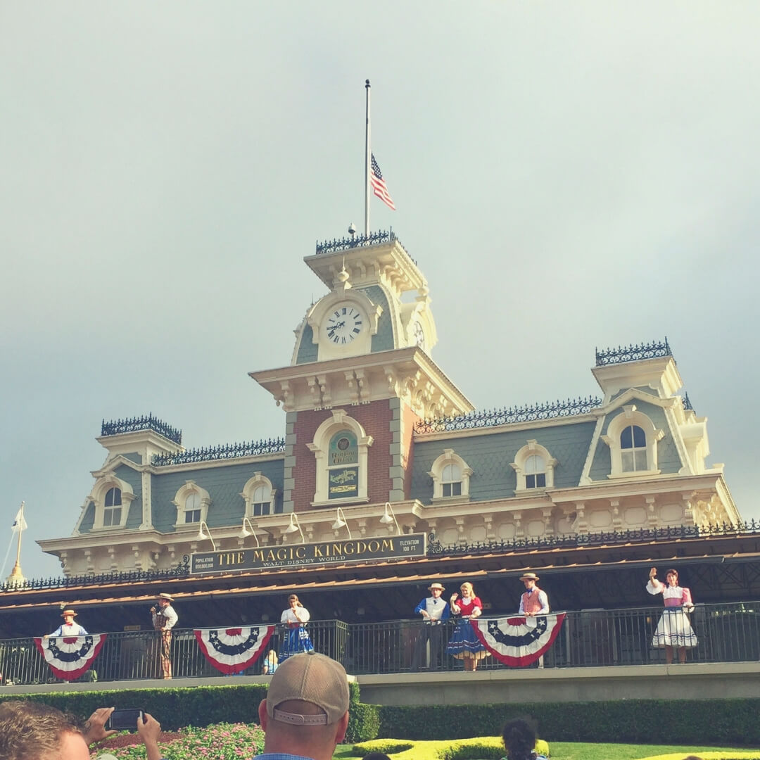 Top 7 Things You Should Do At Magic Kingdom, Walt Disney World | Enter the magical world and discover the best places to have fun!