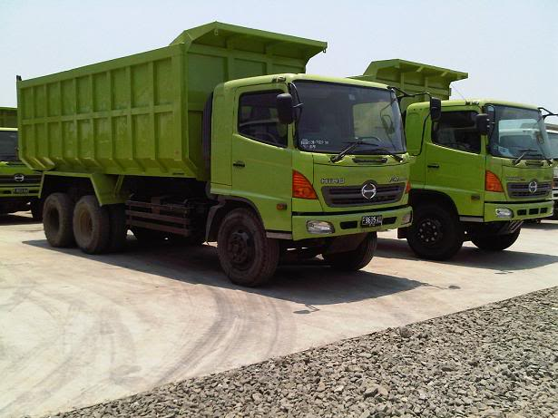 kegunaan dump truck