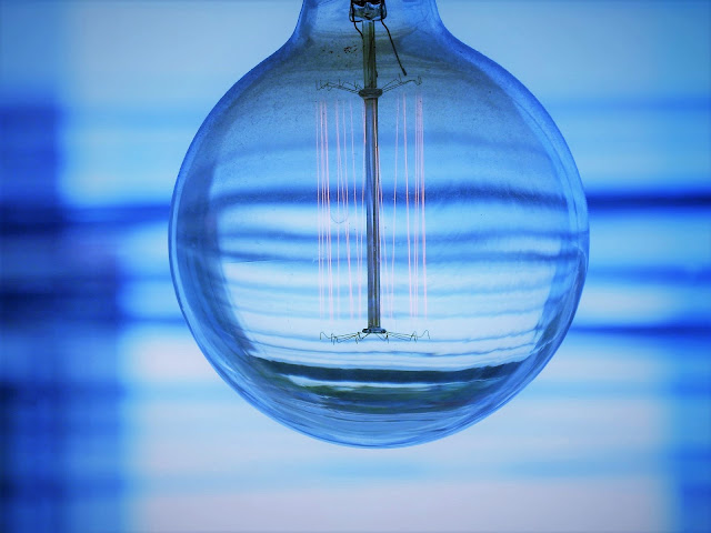 Metamora Herald blue light bulb