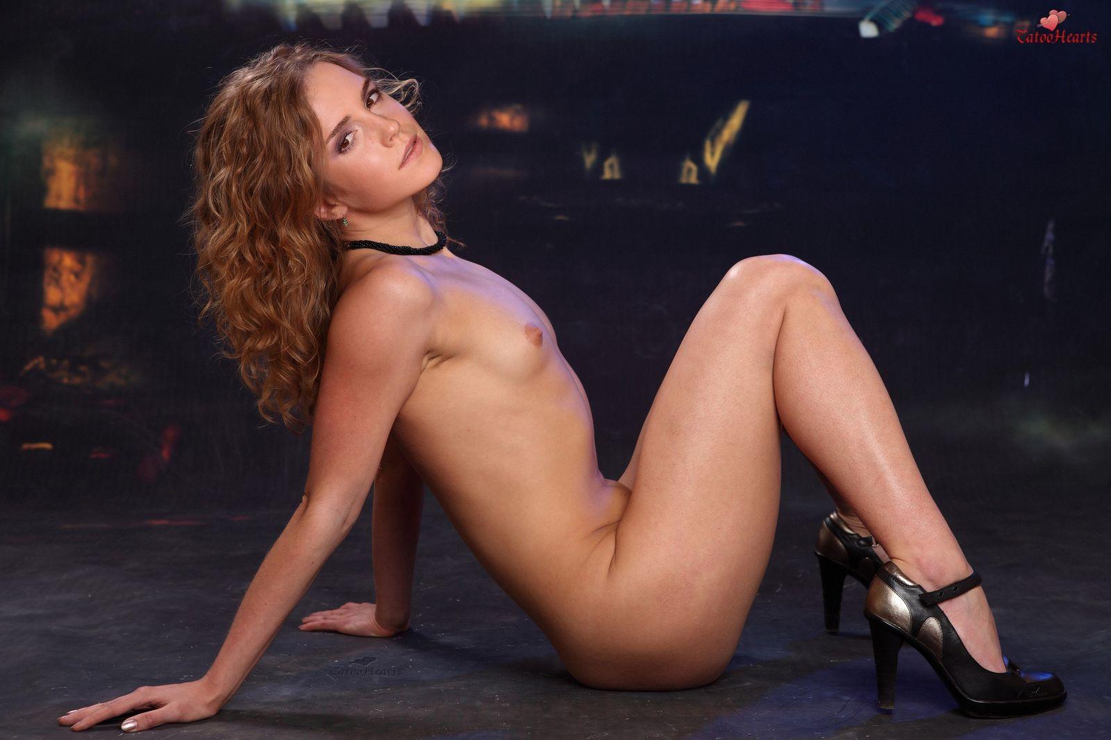 Emma Watson Hot Tits