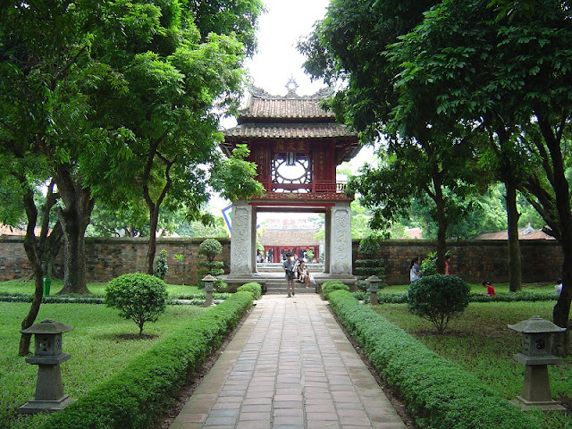 Holiday itinerary in 3 days at Hanoi Capital 2