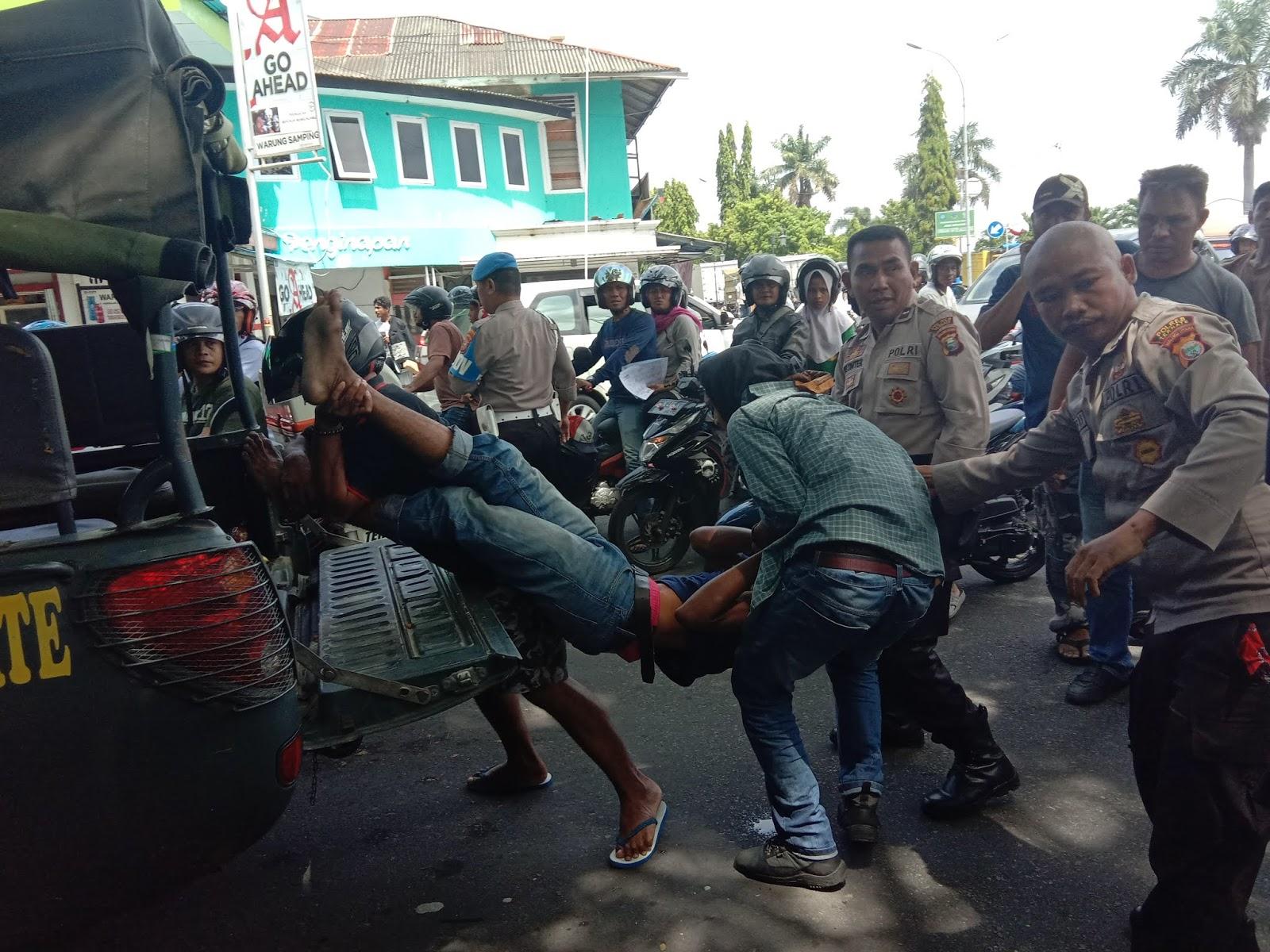 Pembubaran Pemukulan Dan Penangkapan Oleh TNI Polri