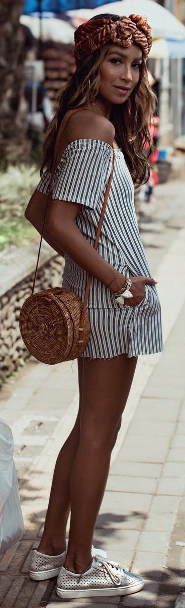summer vibes / mini shirt-dress details