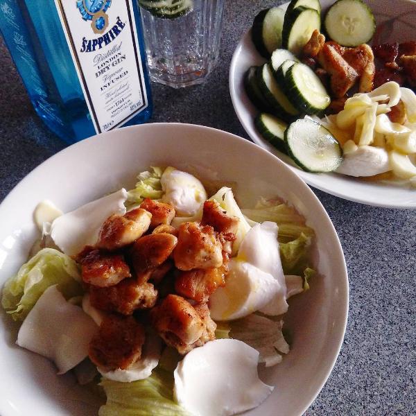 Instagram caesar salát