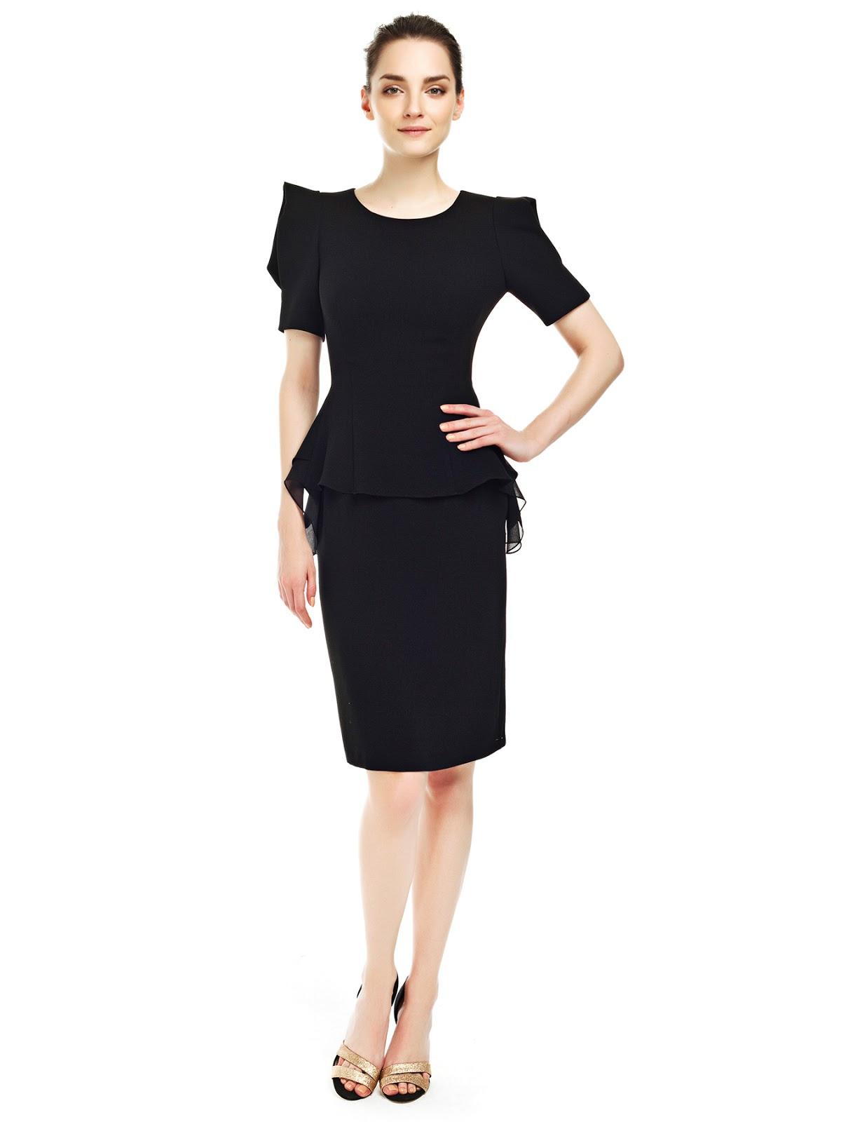 3304c046cde8d Aradığınız gün içinde giyilebicek bir elbise ise veya ofsi için şık kemerli  bir elbise arıyorsanız, sahilde herşeyi unutup beyaz elbisesinizle yürümek  ...