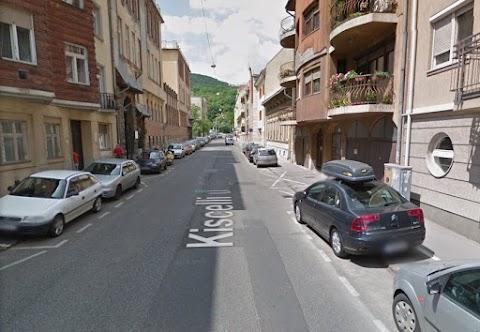 Egyirányúsítják a Kiscelli utcát
