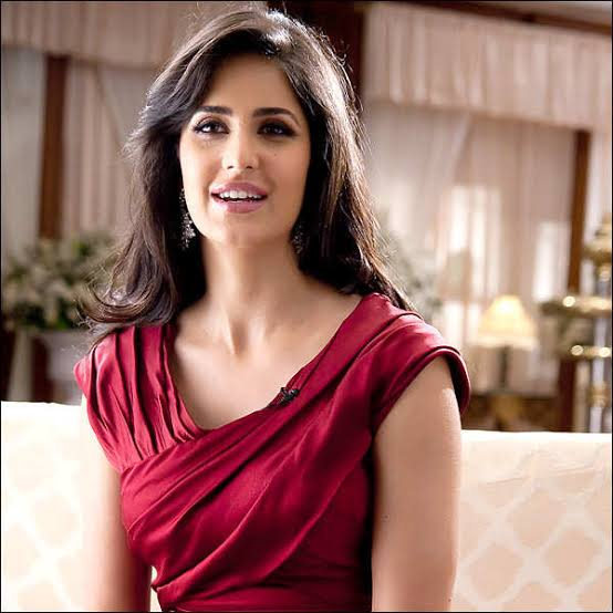 Latest bollywood news and gossip-Katrina kaif called Salman a better actor than Shah Rukh Khan