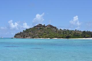 1. Pulau Necker, $ 44.000 Per Malam
