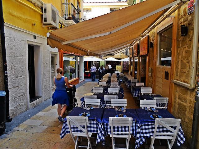 ulice w Alicante, dobre jedzenie w Hiszpanii