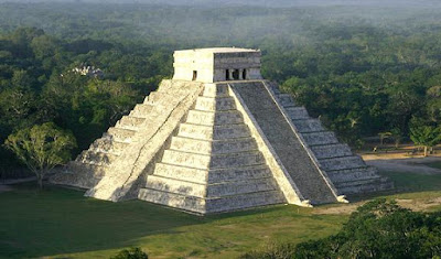 Pirámide de Kukulkan en Chichen Itzá