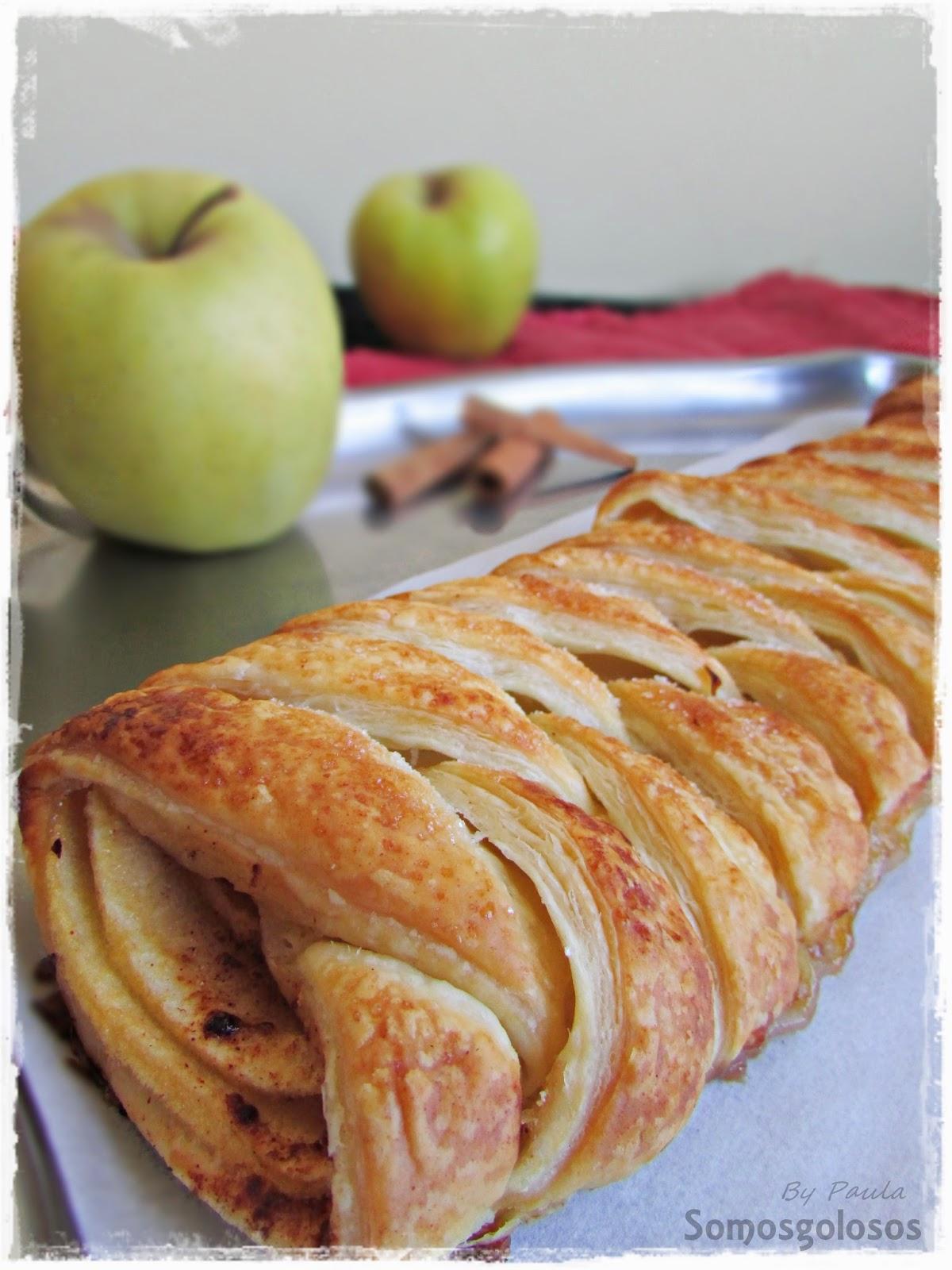Trenza hojaldrada de manzana, miel y canela.
