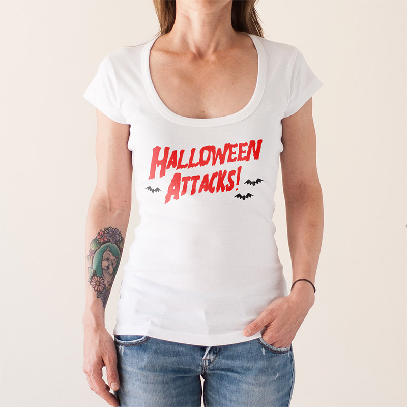 http://www.lolacamisetas.com/es/producto/435/camiseta-halloween-mars-attacks