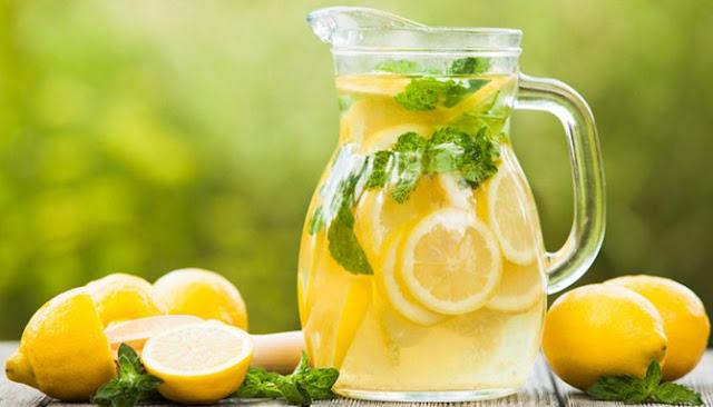Inilah Tujuh Jenis Minuman Alami Terbaik Untuk Melawan Heat Stroke