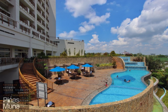 Summit ridge tagaytay for Tagaytay resort with swimming pool
