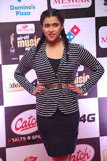 Mannara Chopra Pictures at Mirchi Music Awards South 2015