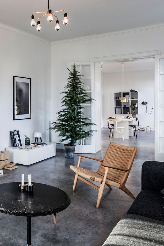 Christmas tree photo by Andreas Mikkel Hansen for Bo Bedre