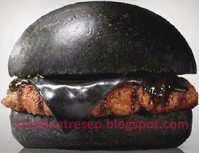 Foto Resep Burger Hitam (Black Burger) Sederhana Spesial Asli Enak
