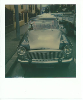 Photo prise en 2016 avec un Polaroid 1000 et un film Color SX-70 de Impossible Project