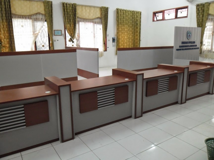 Meja customer service meja cs semarang for Furniture 7 customer service