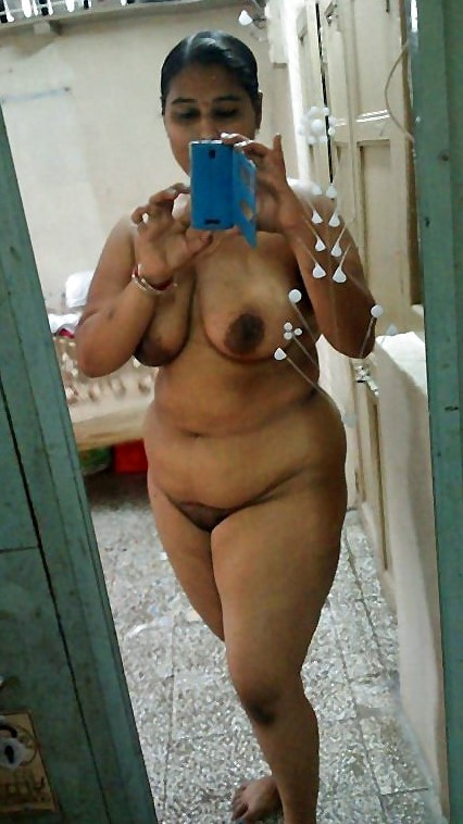 aunties nude images