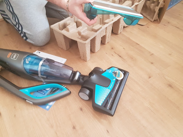 Philips PowerPro Aqua Cordless Vacuum and Mop Review