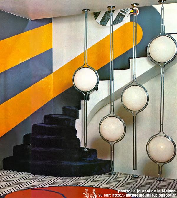 Lampadaire sol-plafond édité par Chabrieres en 1971, création: Garrault-Delord