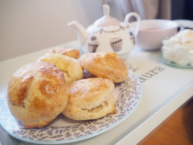 How to host the perfect afternoon tea at home