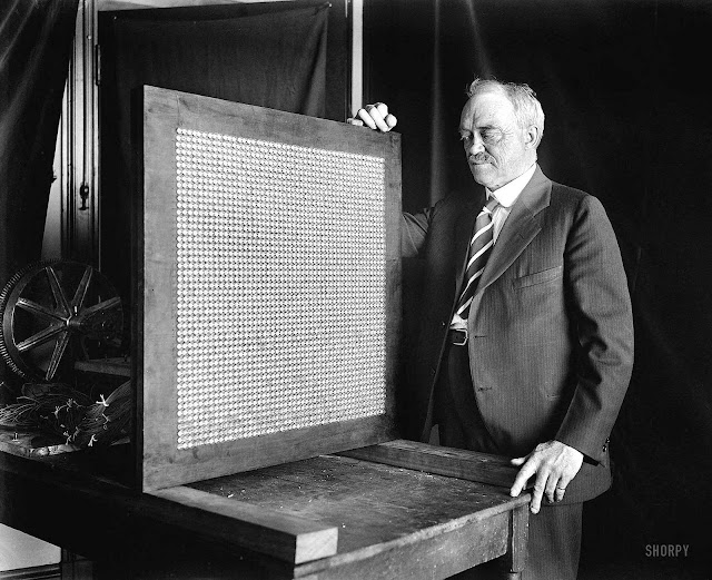 A photograph of 1928 television