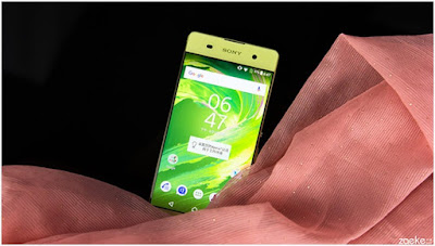 Sony Xperia XA vang chanh an tuong