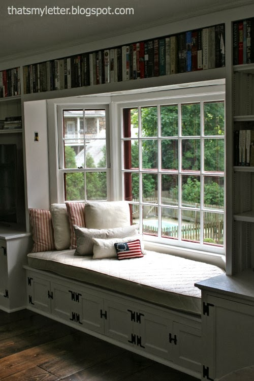 windowseat makeover using drop cloth