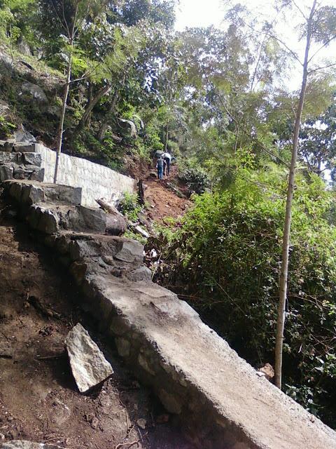 Kiliyur Falls Yercaud