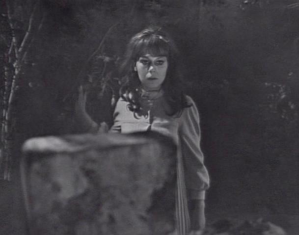 Dark Shadows Before I Die: Dark Shadows Episode 230 - 5/12/67
