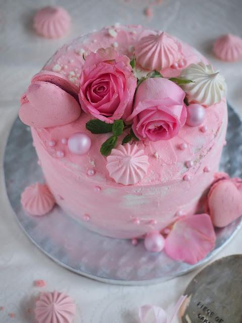 Valentine's Cake2_CT4U.jpg
