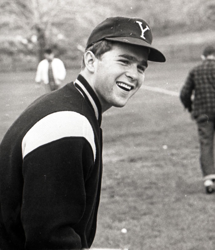 30 Pictures Of World Leaders In Their Youth That Will Leave You Speechless - George W. Bush In Baseball Garb At Yale University, Ca, 1964-68
