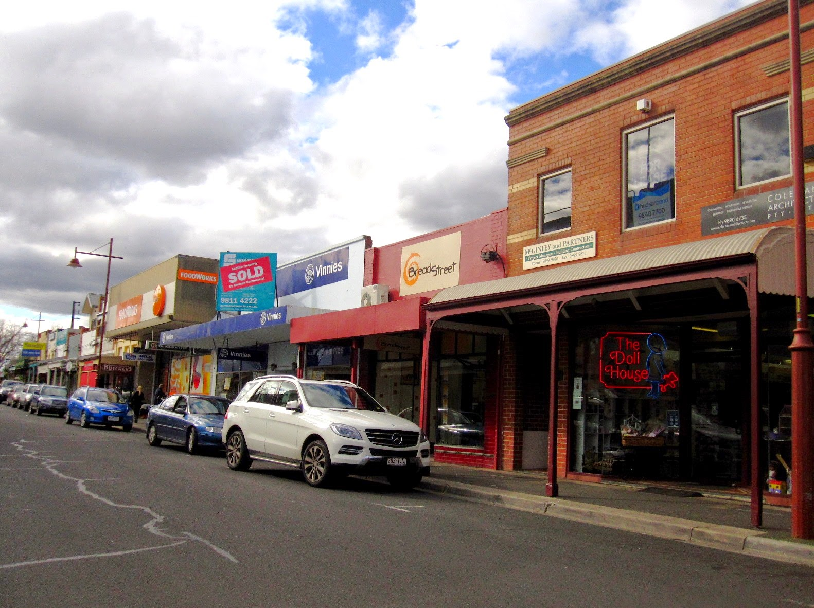 Shopping streetscape in Mont Albert, Melbourne.