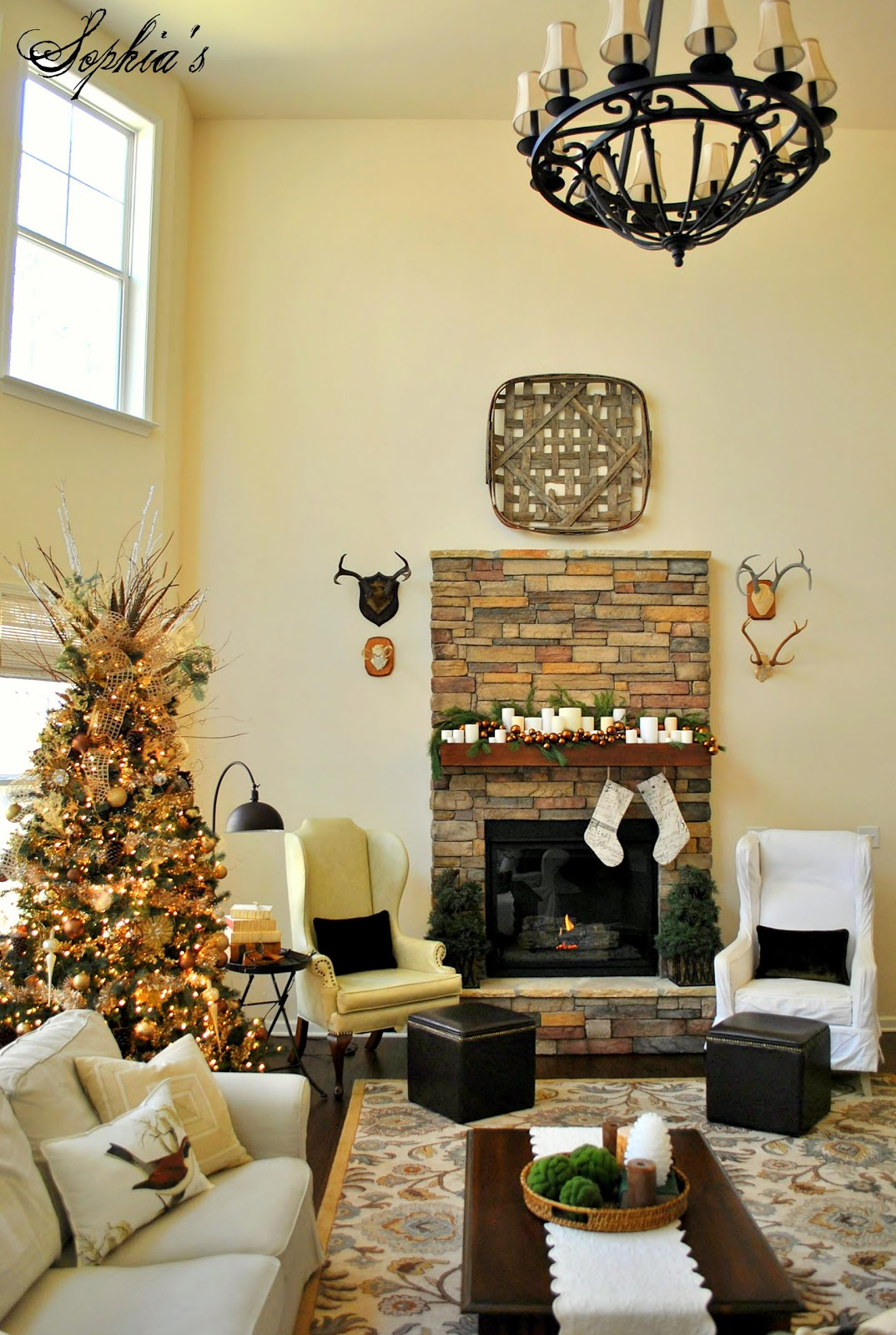 Decorating Great Room Living Area: Sophia's: Great Room Rustic Christmas