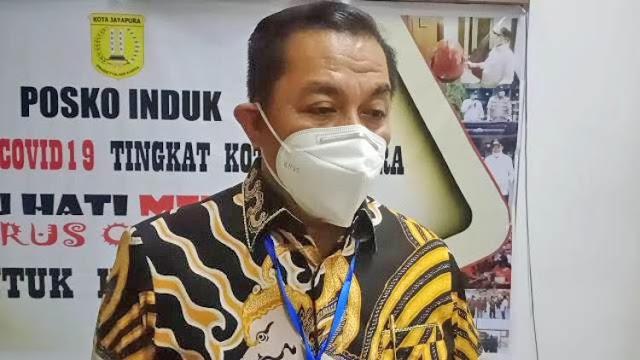 Rustan Saru Ungkap Pengecualian Bagi Petugas Di Waktu Pembatasan Beraktivitas di Jayapura